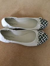 NEW GENUINE STEPHANE KELIAN CREAM LEATHER/WEAVE + BOW FRONT FLAT SHOES- 7