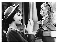 LILI great scene still with LESLIE CARON - (g605)