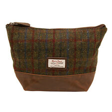 The British Bag Company - Breanais Harris Tweed Wash Bag in Gift Box
