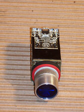 ALLEN BRADLEY 800MR-PA16S LIGHTED BLUE PUSH BUTTON SWITCH WITH SET NO/NC R165