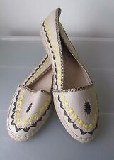 Authentic HOUSE OF HARLOW Embroidered Leather Flats Sz 39 1/2 - 9 1/2 NEW