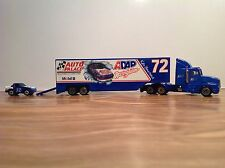 """HO """"Racing Champion - Auto Palace - Mobile Oil # 72"""" Tractor Trailer W Race Car"""