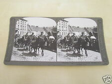 WW1 STEREOVIEW - THUNDER OF GUNS OF THE ROYAL HORSE ARTILLERY IN A FRENCH TOWN