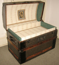 ANTIQUE STEAMER TRUNK VINTAGE VICTORIAN LADIES FANCY EMBOSSED HUMP BACK  CHEST