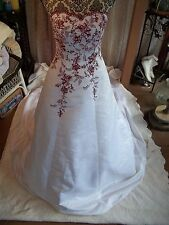 David's Bridal Wedding Dress Size 4 Gown white w red burgundy, sweetheart, train