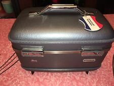 AMERICAN TOURISTER - VTG Train Case Make Up Suitcase Travel Blue Carry-On Hard
