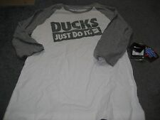 WOMENS Nike SLIM FIT OREGON DUCKS RAGLAN Shirt JUST DO IT WHITE/GREEN M  NWT