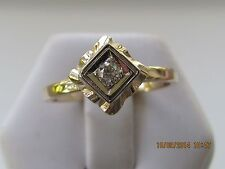 14 K   SOLID   GOLD   1   DIAMOND   LADIES   RING    SIZE   6.5   USED