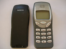 Nokia 3210 Mobile phone in grey & silver & charger bundle