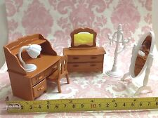 Dollhouse Miniature Generic Furniture Plastic Brown Bedroom Set 7pcs (Sylvanian)