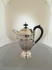 LOVELY SILVER PLATED COFFEE POT ON A CIRCULAR FOOT (SPCP 8026)