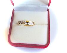 Wedding Ring with 8 Diamonds in 9K Solid Gold. (Sz 7.5)