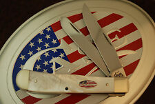CASE XX USA 2003 FLAG SHIELD MOTHER OF PEARL TRAPPER KNIFE 8254 SS NICE (1149)