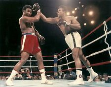 """MUHAMMAD ALI VS GEORGE FOREMAN  """"THE RUMBLE IN THE JUNGLE"""" 10/30/74 8X10"""