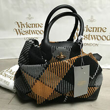 BNWT VIVIENNE WESTWOOD Winter Tartan Signature Bowling bag RRP €420 100% Genuine