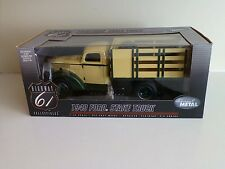 Highway 61 1:16 Ford Stake Truck