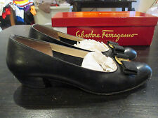 Salvatore Ferragamo Black Vara Calf Leather Pump Heel Womens 8 B Niccola