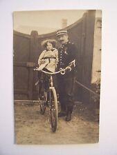 Photo-carte -  CPA  -  Militaire en Uniforme et Enfant à Bicyclette