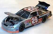 2002 Kevin Harvick 29 GMGW Service 1:24 Scale Action Monte Carlo Diecast