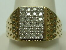 GENTS 9CT YELLOW WHITE GOLD SIGNET STYLE DIAMOND SET RING - 0.30 CARATS