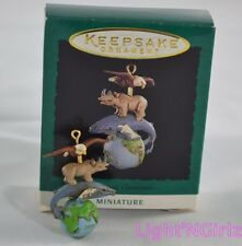 1995 Hallmark Keepsake Ornament Miniature Precious Creations Earth Eagle Spin