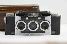 VINTAGE DAVID WHITE STEREO REALIST CAMERA WITH CASE MODEL 1041 (1947)