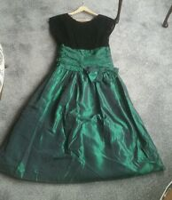 VINTAGE GORGEOUS BLACK/EMERALD GREEN CHRISTMAS PARTY/NEW YEAR DRESS - SIZE 12