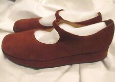 Clarks Suede Leather Rust Mary Jane Flats Wedge Brazil Women's 8.5M