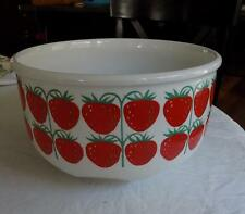 Arabia Finland Pamona Strawberry Serving Bowl 9 1/2""