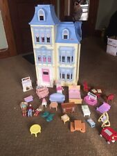 2002 Fisher Price Loving Family Grand Mansion Doll House +People, Furniture Crib