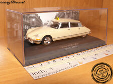 CITROEN DS 21 PALLAS TAXI CAB 1:43 PARIS (FRANCE) 1968 MINT