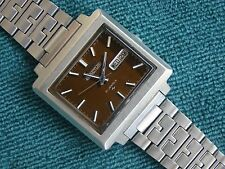 VINTAGE SEIKO ACTUS 5 MODEL 7019-5070 DAY DATE WATCH + STAINLESS STEEL BRACELET