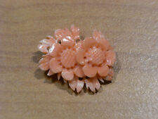 Beauty Hand CARVING CAMEO ~(coral) ~28mm*23mm(ec57).