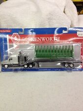 1/64 Kenworth T2000 with flat bed trailer CORN HEAD