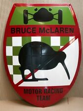 BRUCE McLAREN MOTOR RACING TEAM Emailschild 38 x 50 cm Enamel sign