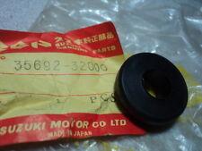 1972 SUZUKI TS400 TS 400  TURN SIGNAL GROMMET NOS OEM P/N 35692-32000