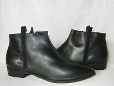 Urban Outfitters Silence & Noise Women's Leather Zip Ankle Boot Retail $99 sz 7