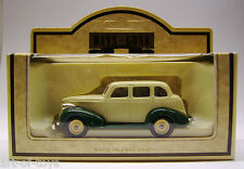 Lledo, Days Gone, Chevrolet, Ivory & Green Chevy Car, edel Metallguss.