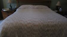 GORG KING SIZE HANDMADE CROCHET LARGE AFGHAN TAN & CREAM 103X112 DIAMOND SHAPES