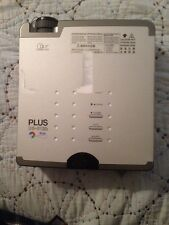 DLP PLUS U5-512h 2000 Lumens 800x600 Digital Multimedia Projector Case & Cables
