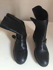 WOMEN Oasis Black Ankle Boots - size 4/37