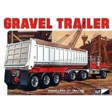 MPC 1:25 - 3 Axle Gravel Trailer