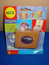 Clip Crafts Artist's Paint Kit Keychain by Basic Fun NIP