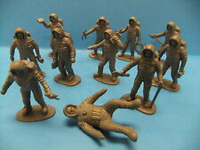 Grey Plastic Astronaut Figure Lot of 11 Vintage 60's Figures  Made in China