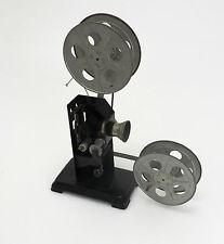 Dekorativer historischer manueller Projektor 35mm Kino industrial 1930th ln033