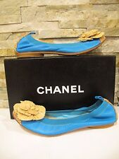 NIB! CHANEL BLUE CAP TOE FLATS WITH STRAW CAMELLIA FLOWER ON FRONT Sz 39.5, US 9
