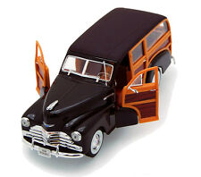 Welly 1/24 Scale 1948 Chevy Fleetmaster Woody Wagon Diecast Car Model