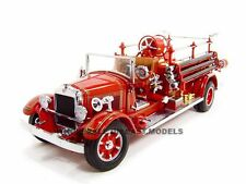 1932 BUFFALO TYPE 50 FIRE ENGINE TRUCK RED 1:24 DIECAST BY ROAD SIGNATURE 20188