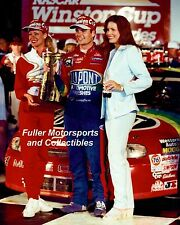JEFF GORDON BROOKE 1997 COCA-COLA 600 VICTORY LANE 8X10 PHOTO NASCAR WINSTON CUP