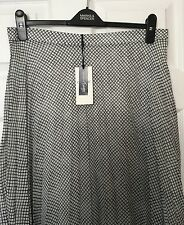 M&S Marks & Spencer Women Classic Twiggy Navy Blue Check Pleated Skirt BNWT S16